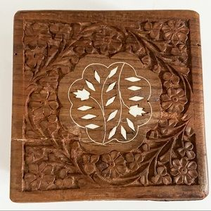 Vintage carved floral inlay Woden box